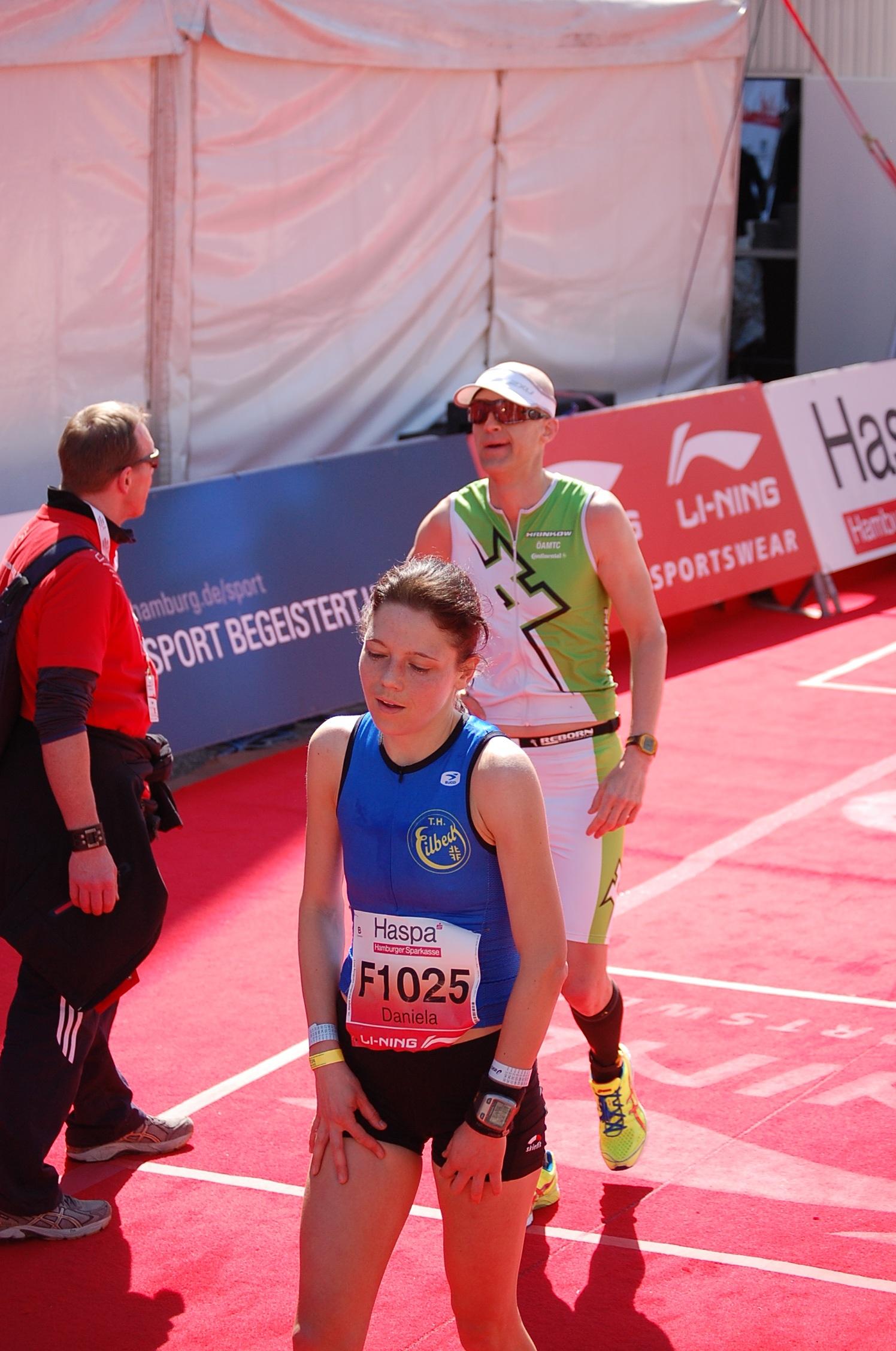 28. haspa Marathon Hamburg: Daniela Mölleken wird Zweite der Hamburger Meisterschaft
